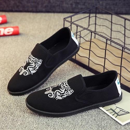 Giày vải nam thêu họa tiết XK3 (Trắng size 41)
