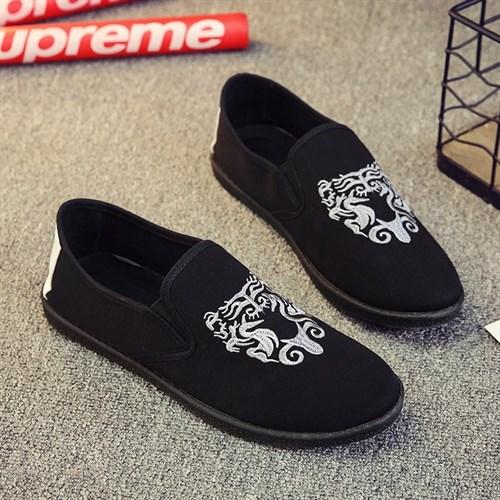 Giày vải nam thêu họa tiết XK3 (Trắng size 40)