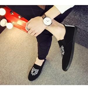 Giày vải nam thêu họa tiết XK3 (Trắng size 42)