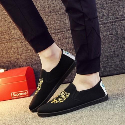 Giày vải nam thêu họa tiết XK3