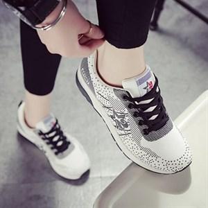 Giày thể thao tăng chiều cao nữ Yao (Màu trắng)