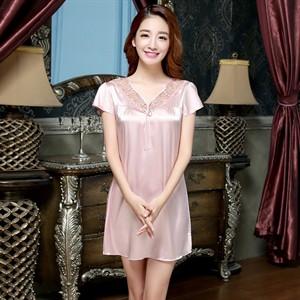 Váy ngủ Flower Dream tay lửng cổ chữ v phối ren - Hồng M