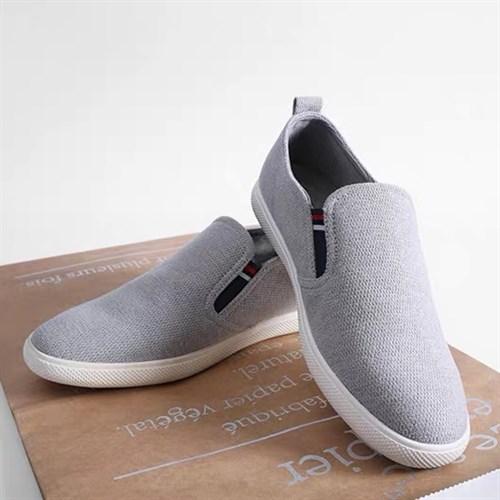 Giày vải nam QBT